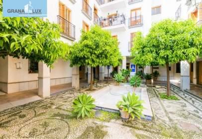 Apartment in calle de Pavaneras