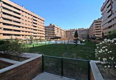 Piso en Urbanización El Quiñón
