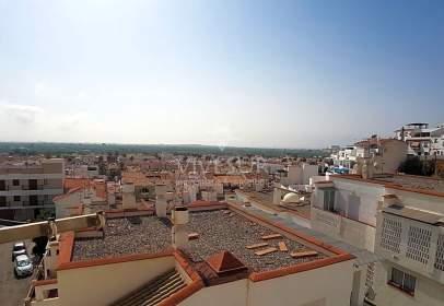 Flat in calle Constitución