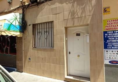 Piso en calle de Hermenegildo Bielsa