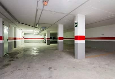 Garaje en calle Reyes Católicos, cerca de Calle Príncipe