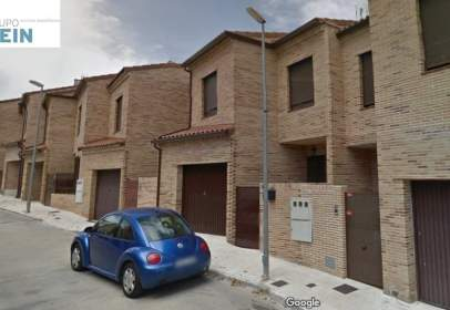 Chalet in calle Berruguete, nº 10