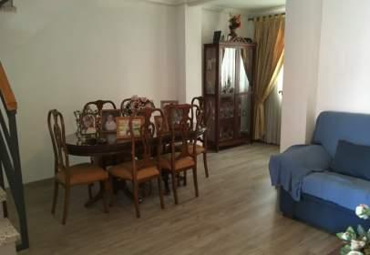 Casa en Parque Amate-Santa Aurelia