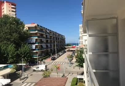 Apartment in calle Catalunya, nº 11