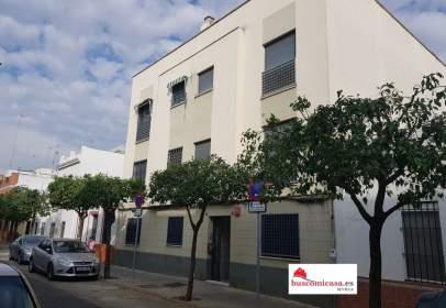 Pis a calle Aníbal González, nº 49