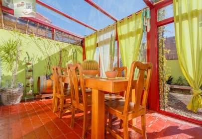 Casa adosada en calle Río Robo
