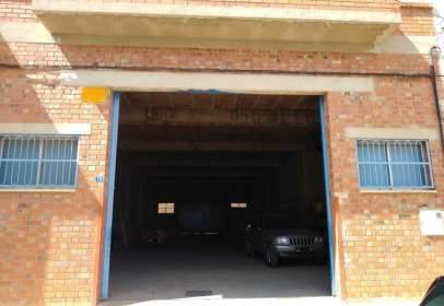 Nave industrial en calle Escuelas