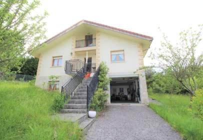 Casa en Villasana de Mena
