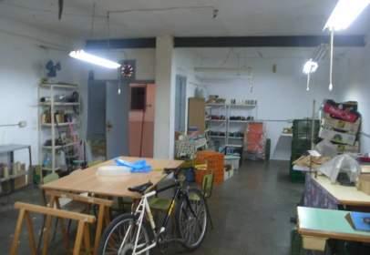 Local comercial a Carrús Est-Camí Dels Magros