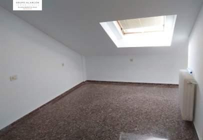 Duplex in Feria