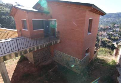 House in Vallirana