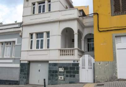 Terraced house in calle Doctor Vicente Navarro Marco