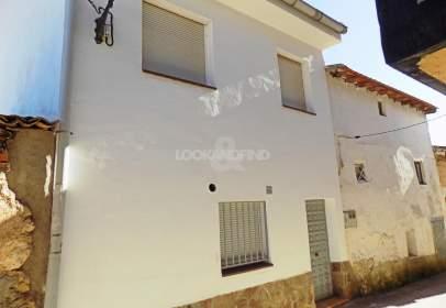 House in Argecilla
