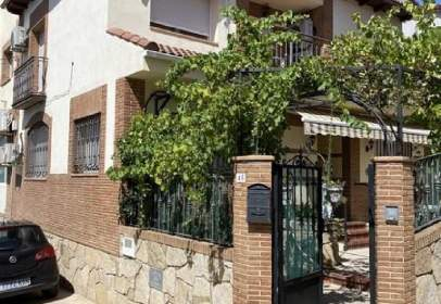 Casa aparellada a calle del Castelar, 47