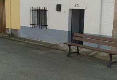Casa adosada en Plaza de la Oliva, 11