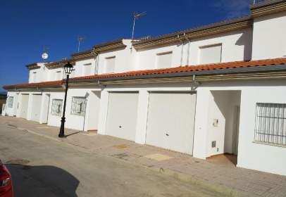 Casa pareada en Carcaboso