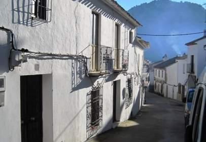 Pis a calle del Calvario