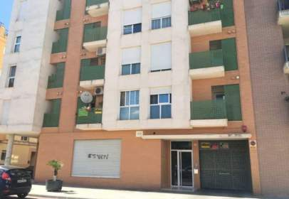 Flat in calle Enrica Valor, nº 6