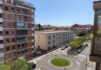 Pis a calle Plaza Andalucía