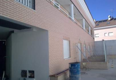 Dúplex a calle Barrio Bajo
