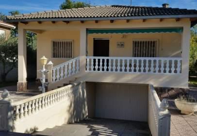 House in Cadrete