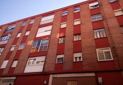 Piso en Valladolid Capital - Pilaríca
