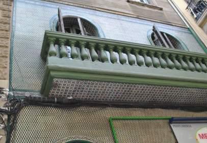 Edificio en calle Valencia