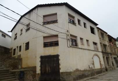 Building in calle Sant Llogari, nº 33
