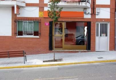 Local comercial a calle Mártires, nº 13