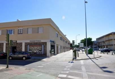 Local comercial a Avenida Pero Mingo