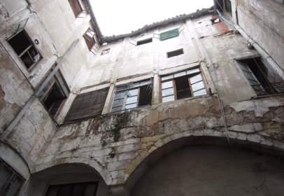 Edificio en calle Moncada