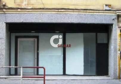 Commercial space in Cuatro Caminos