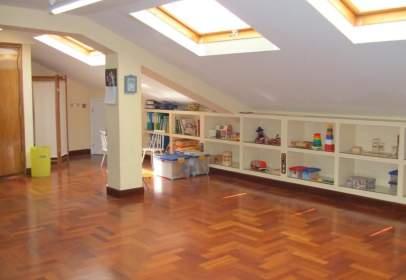Oficina en Plaza de la Reina María Cristina, nº 10