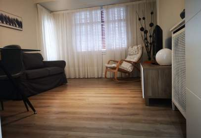 Flat in calle Reyes Catolicos