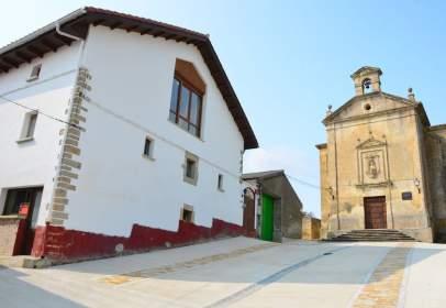 Casa en Azcona