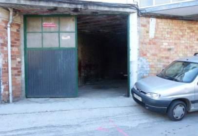 Garage in Espinosa de los Monteros