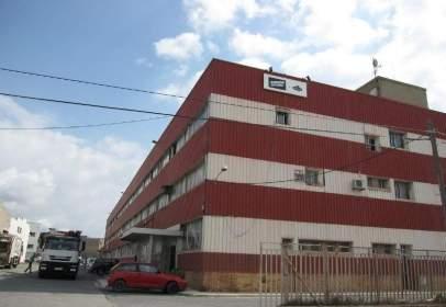 Industrial Warehouse in calle Antoni Gaudi I Trrnt de Can Boba - Poligon Ind. Le, nº 7