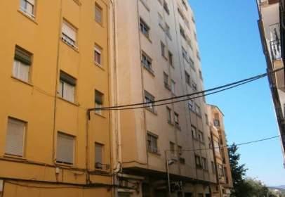 Pis a calle Isidoro Peris, nº 13