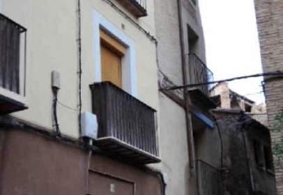 Flat in calle Rua Alta de Becquer, nº 18