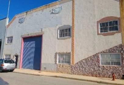 Industrial Warehouse in calle Laguna de Villasinda, nº 36
