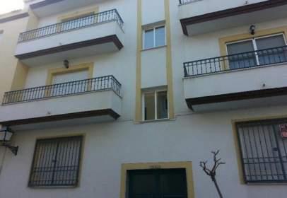 Pis a calle Ramon y Cajal, nº 3