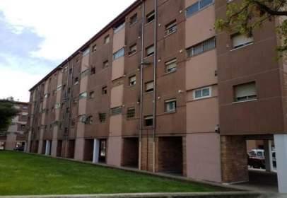 Edificio en calle Mestre Ramon Vives, nº 13