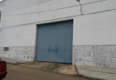 Nave industrial en calle Puerto Peña, nº 19