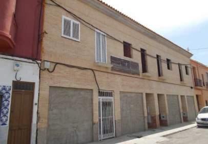 Flat in calle Bugarra, nº 81