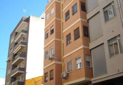 Pis a calle Escultor Navarro Santafe, nº 26