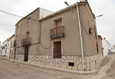 Flat in calle Sagunto, nº 2