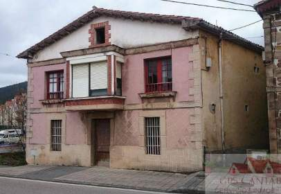 House in Castañeda