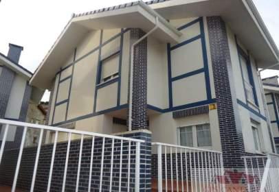 Chalet en calle Urbanización Villa Elena III