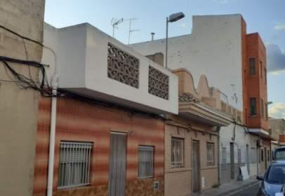 Chalet in calle Sierra Mariola