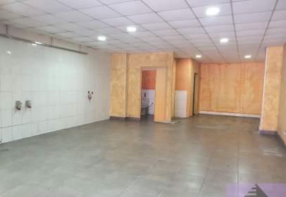 Local comercial en Residencial Francisco Hernando